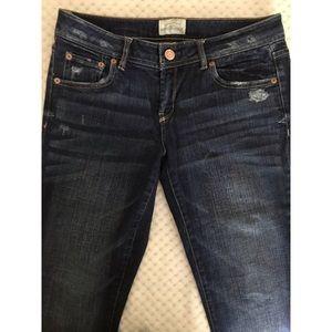 Aeropostale 5 Pocket Distressed Jean